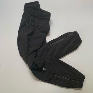 Girls ivivva black pants size 7